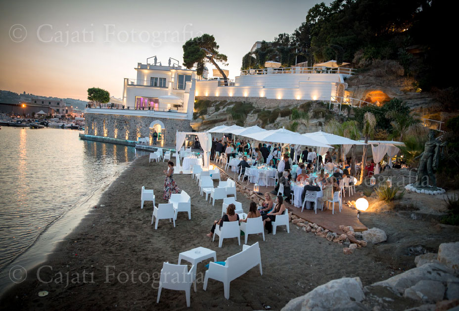 Foto Matrimonio Spiaggia : Villa per matrimoni napoli scalera ricevimenti eventi