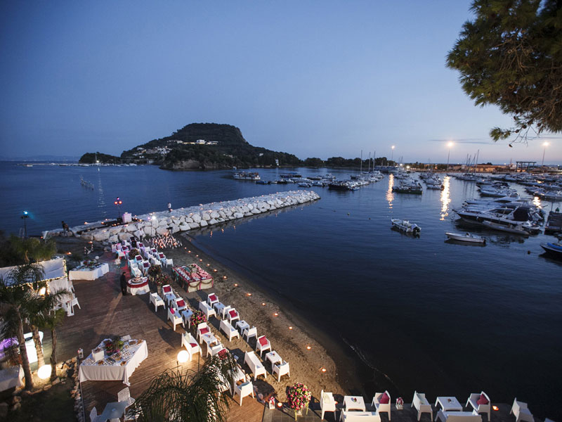 Location Matrimonio Spiaggia Napoli : Matrimonio: a pranzo o a cena? villa scalera villa per matrimoni